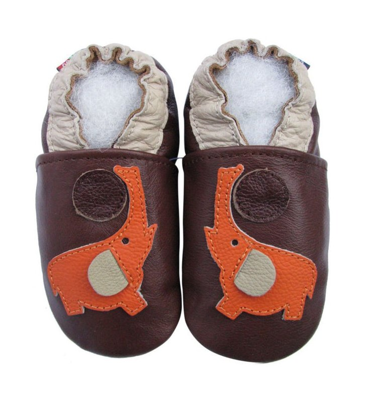 Chaussons marron Eléphant orange Carozoo en cuir souple